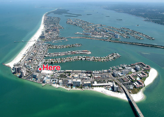 Clearwater Beach Hotel: Location