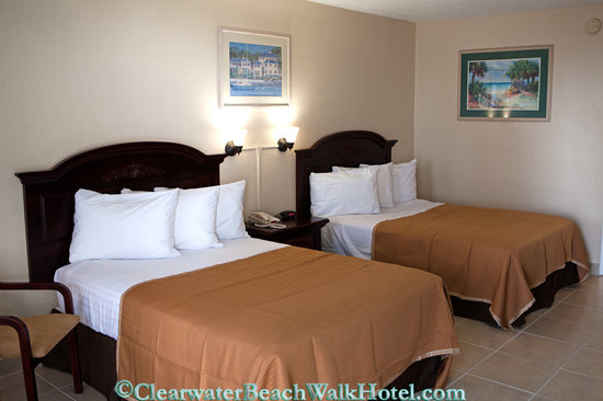 Clearwater Beach Hotel: 2 full beds