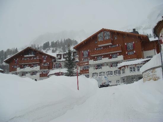 Hotel Schneider : Blick aufs Hotel (Zufahrt)