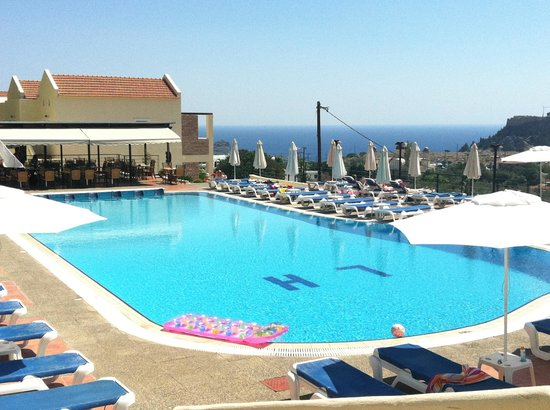Lindos Horizon: Excellent clean pool. great views