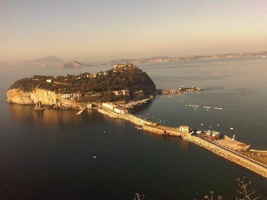 Parco Virgiliano: Napoli - Isolotto di Nisida