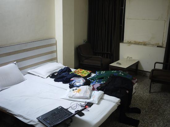 Hotel Kingsway: Room