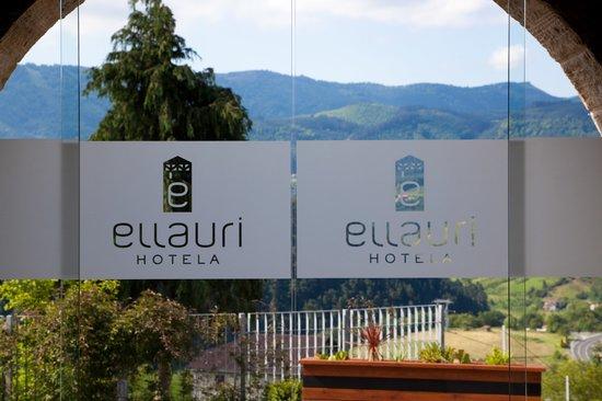 Photo of Ellauri Hotela Zeanuri