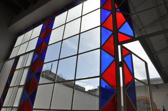La Antigua Casa de Brigit: Die Glasfenster