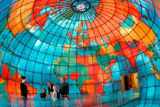 The Mapparium : A remarkable snapshot of both geographic and global history.