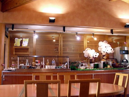 Ibis Angouleme Nord : Our breakfast was enjoyed in comfortable surroundings