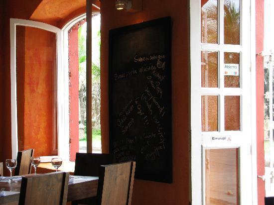 Salou Cartagena de Indias : Otra vista del interior del restaurante