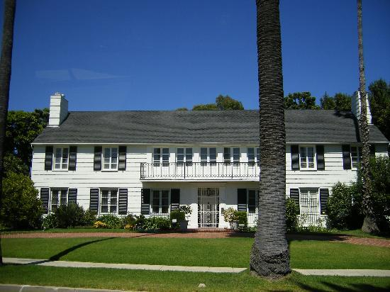 Dearly Departed Tours: Lana Turner's House Where Husband Was Killed