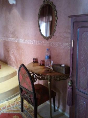 Riad Lorsya: makeup table, and chair