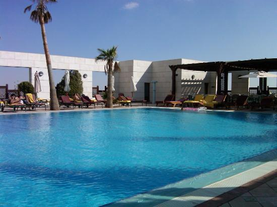 hotel outdoor pool. Sheraton Amman Al Nabil Hotel: Outdoor Pool Hotel