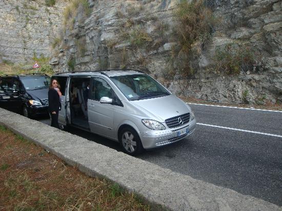 Easitalytours: Our van along the Amalfi Coast on our Naples day.