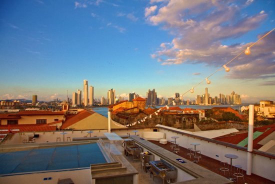 Tantalo Hotel / Kitchen / Roofbar: Panama City from Roofbar