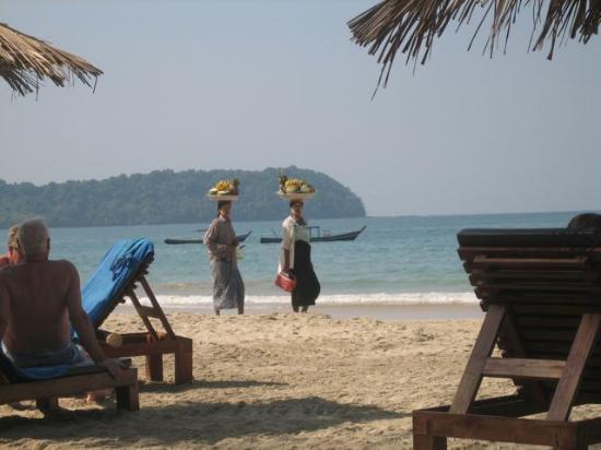 Amata Resort and Spa : the beach