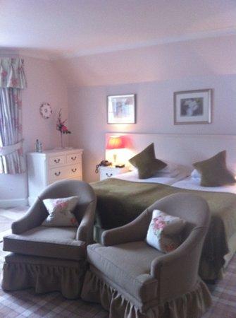 Brig O Doon Hotel: doune brae house