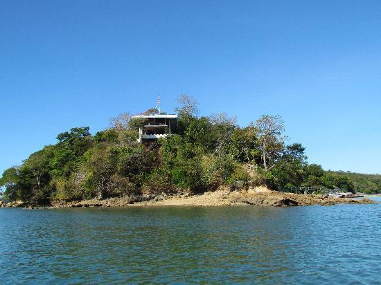 Hotel Boca Brava : view of hotel restaurant from water