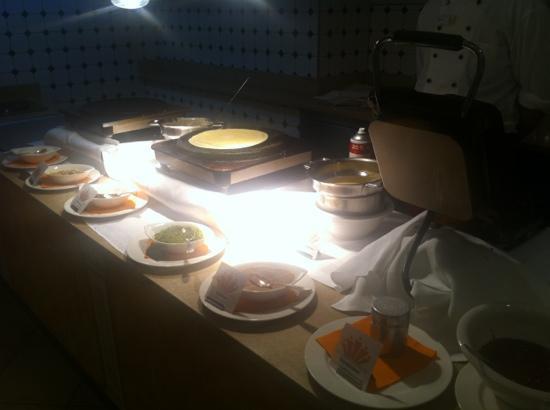 Leading Family Hotel & Resort Alpenrose: Crep & belgische Waffeln vom Büffet
