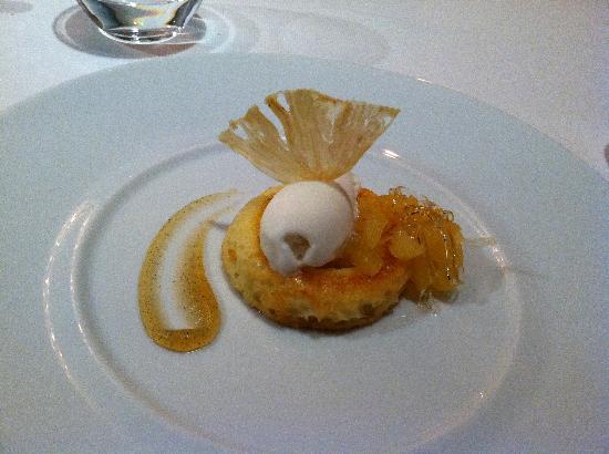 Lieu Restaurante: Dessert -- the deconstructed pina colada