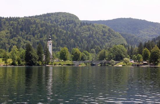 Tourist Boat : Blick auf Ribcev Laz