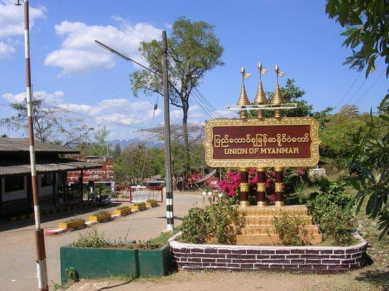 Three Pagodas Pass (Sangkhla Buri, Thailand): Top Tips ...