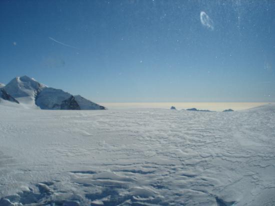 Hotel Pollux : Glacier @ 3820 m