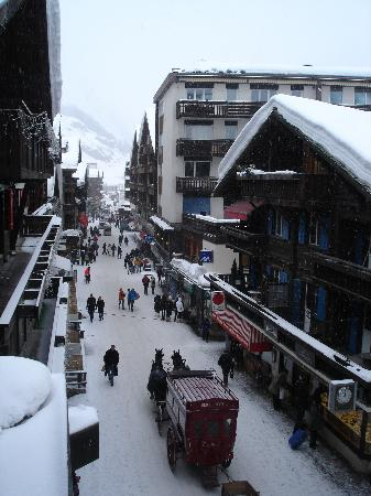 Hotel Pollux : Zermatt from hotel
