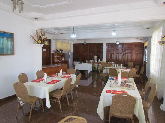 Takoradi Beach Hotel - Restaurant