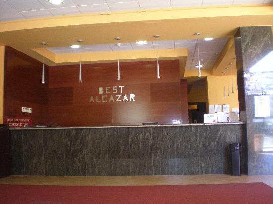Best Alcazar: Recepción