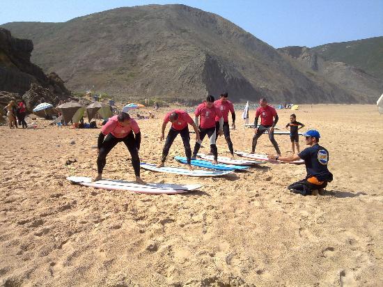 Future Surfing School : a cualquier edad se puede disfrutar del surf