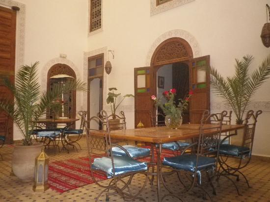 Riad Attarine: la salle a manger