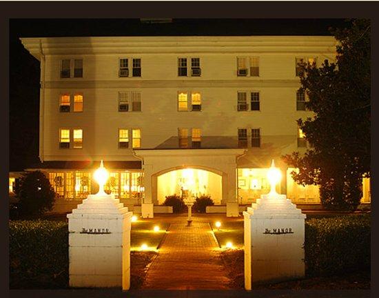 The Manor - Pinehurst Resort: The Manor