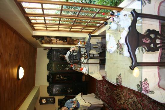 Malans Guest House : Der Frühstücksbereich
