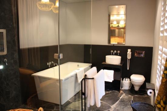 The Concierge Boutique Bungalows : bathroom