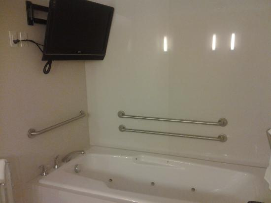 Homewood Suites by Hilton Phoenix Airport South: Bathroom 2