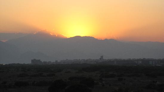 Barut Lara: Sunset