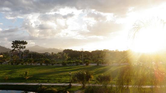 La Ensenada Beach Resort & Convention Center: Vue de notre chambre
