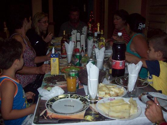 Villa El Habano: comida familiar