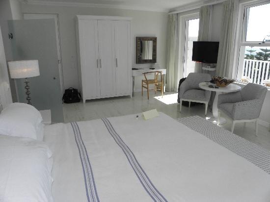 Sea Five Boutique Hotel: Beautiful Ocean View Bedroom