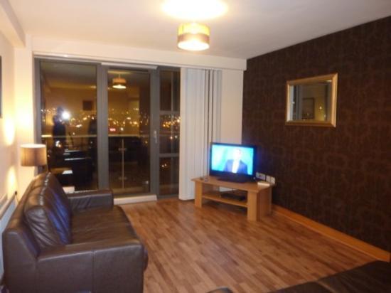 City Hub Apartments : Sitting Room