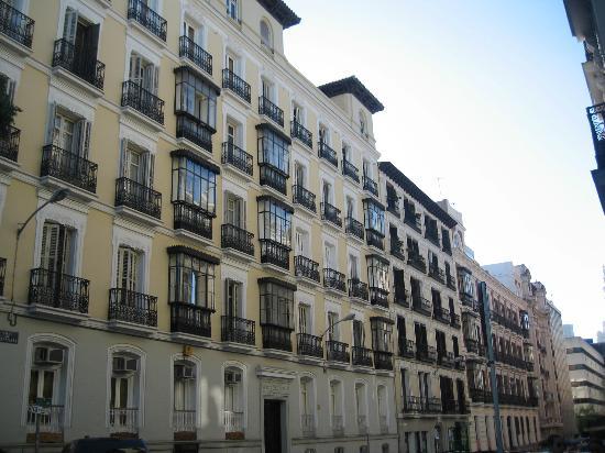 Elegante barrio picture of barrio de salamanca madrid tripadvisor - Barrio salamanca madrid ...