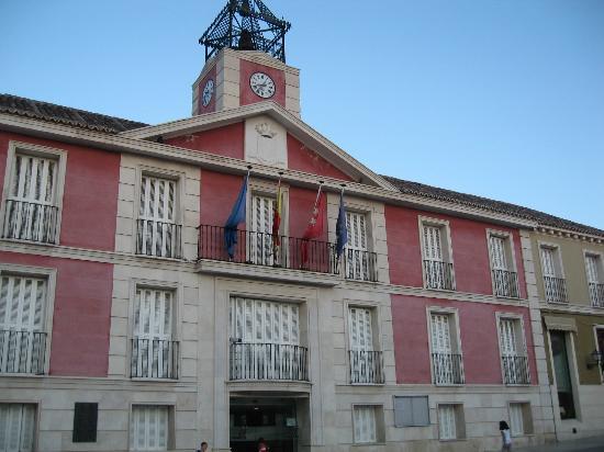 Royal Palace of Aranjuez : ayuntamiento de aranjuez