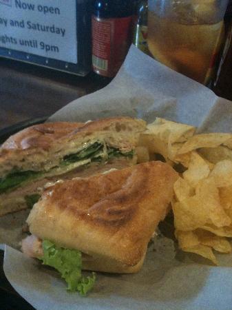 Nico's Cafe: Turkey and Bleu Sandwhich