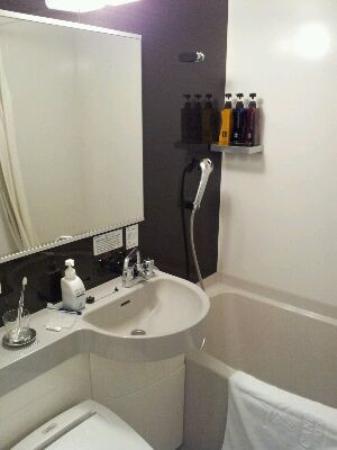 Candeo Hotels Ozu Kumamoto Airport: 綺麗なバスルーム