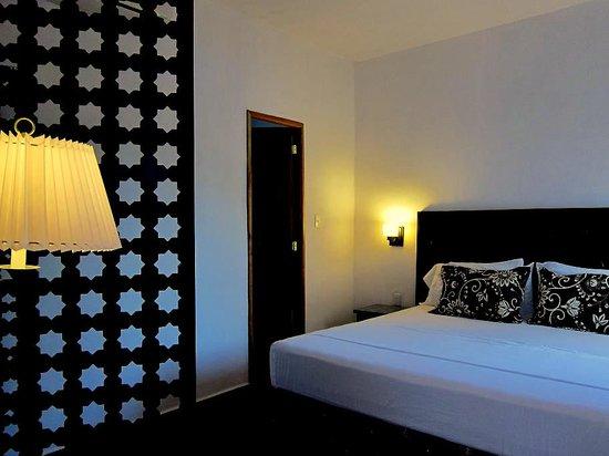 Hotel Julamis: Room Tekit