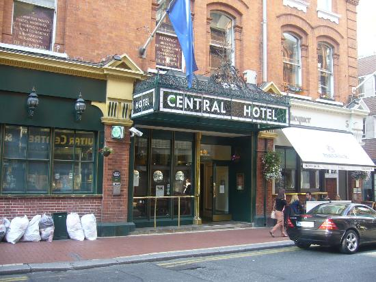 The Central Hotel: Hotel's front Entrance