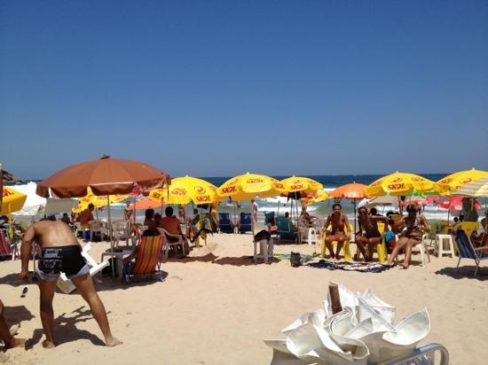Tombo beach: manhã de sábado