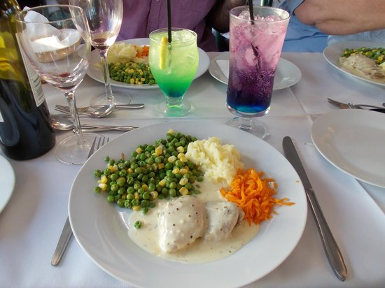 Captain Proud Paddle Boat Cruises: Main course, chicken with mustard sauce