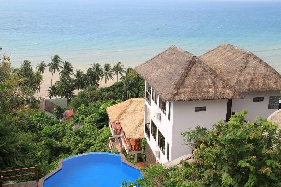 Royal Nature Resort & Spa: View from the reception