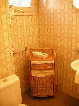 Le Chenal Hotel : salle de bain