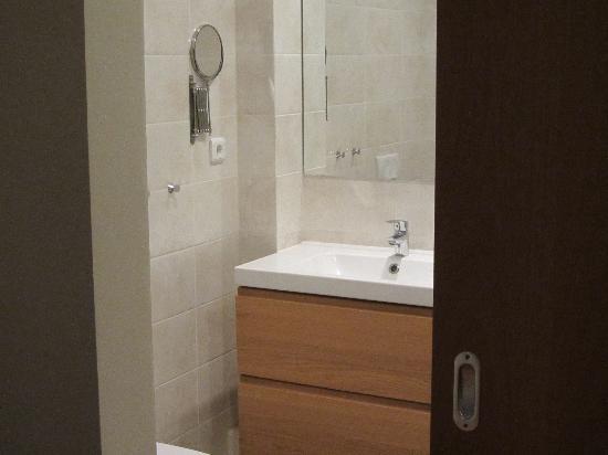 Snorri's Guesthouse: salle de bain