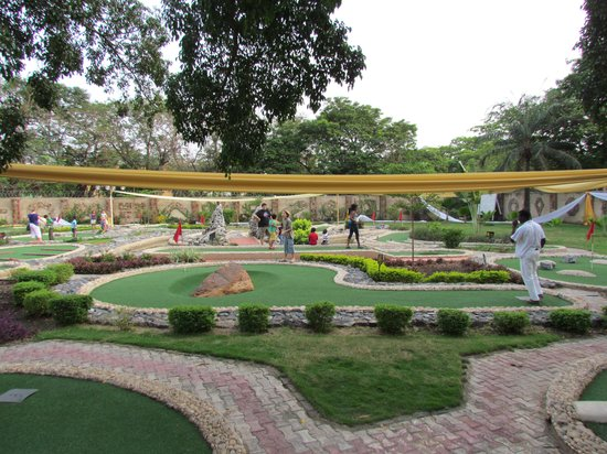 Accra, Ghana: Marvels - Course